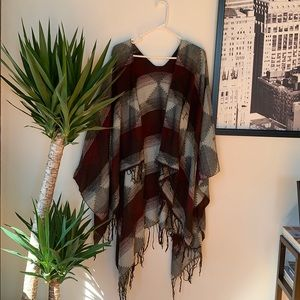 Charlotte Russe | Poncho